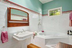 11 Odonnell Ave, Myrtleford VIC 3737, Australia
