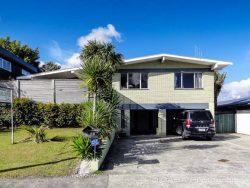 66 Fairway Drive, Kamo, Whangarei, Northland, 0112, New Zealand