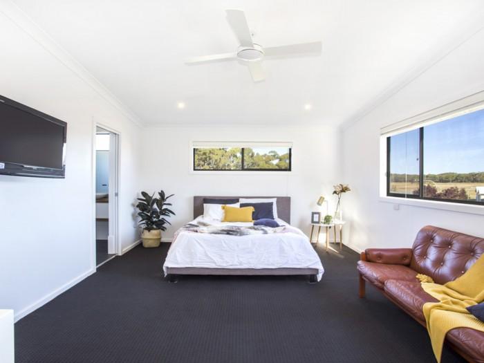 1 Bada Cres, Burrill Lake NSW 2539, Australia
