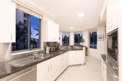 U 201/49 Newstead Terrace, Newstead, Qld 4006, Australia