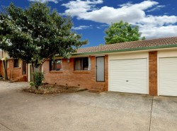 4/31 Moloney Street, North Toowoomba, QLD 4350, Australia