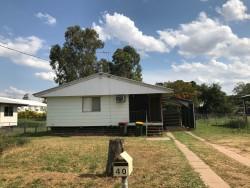40 Bendee Crescent, Blackwater, QLD 4717, Australia