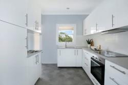 4 Phillips Avenue, West Wollongong, NSW 2500, Australia