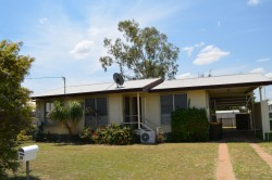 14 Wattle Street, Blackwater, QLD 4717, Australia
