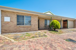2/43 Wollaston Road, Middleton Beach, WA 6330, Australia