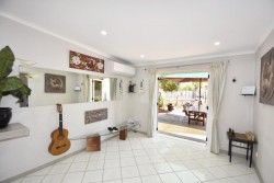 1 Kunoth Street, Braitling, NT 0870, Australia
