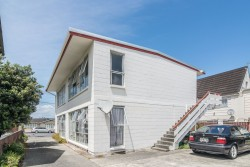 2/72 Freyberg Street, Lyall Bay, Wellington City 6022, New Zealand