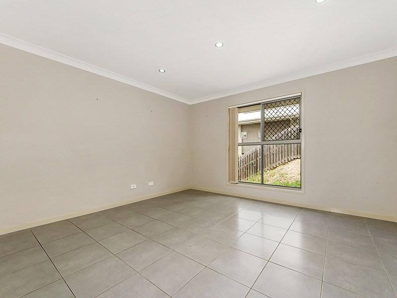 1 Cathmor Court, Oxenford, QLD 4210, Australia