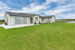 18 Finch Street, One Tree Point, Whangarei, Northland, New Zealand